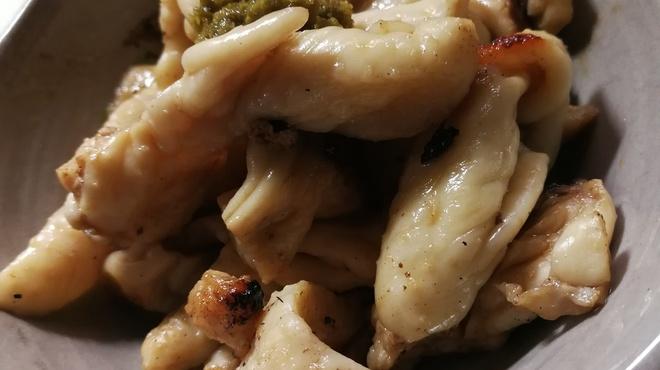 ガッロネロ - 料理写真:鶏皮ポン酢
