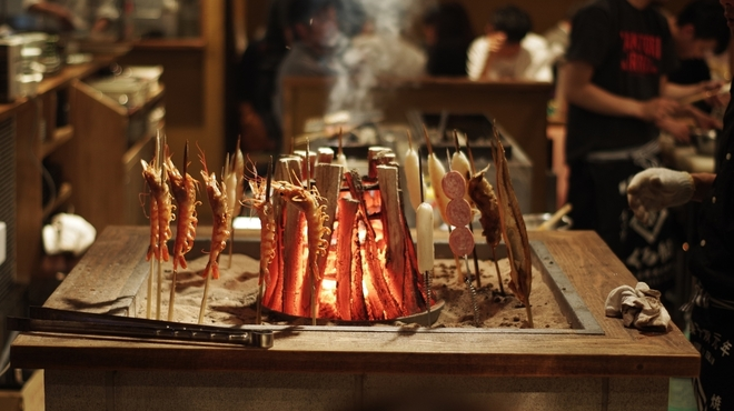 焼鳥とイロリ くろ船 - メイン写真: