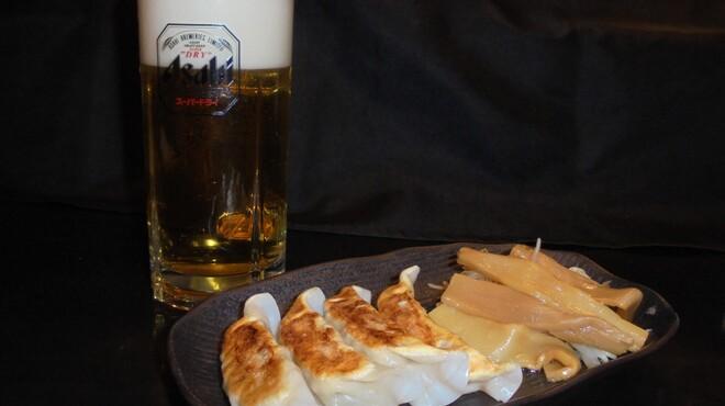 麺処 輝 - 料理写真:6月22日~24日まで、生ビール+餃子がセットで500円(税込)に!