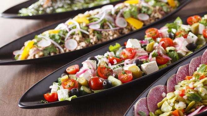 カスケイドカフェ - 料理写真:季節ごとに変わる各種サラダ