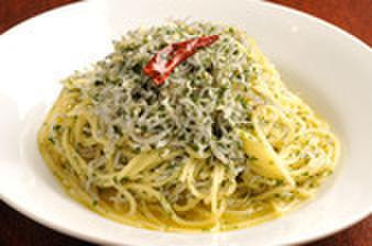 ガブリエ - 料理写真:しらすのぺペロンチーノ