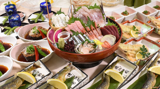 初つぼみ - 料理写真:季節で旬の食材に変わる特別コース(飲放付き)5000円