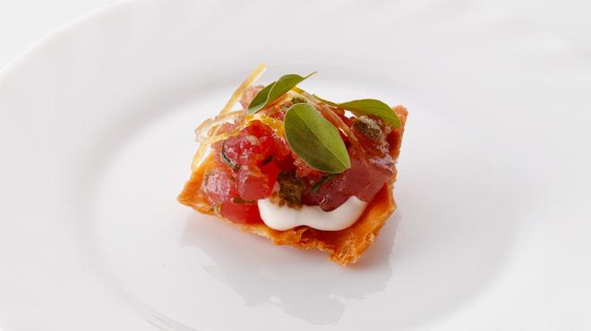 バカリ ダ ポルタ ポルテーゼ - 料理写真:マグロのタルタル