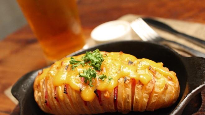 EITAI BREWING Cafe&Dinner - 料理写真:【差し込みFOOD】ハッセルバックポテト