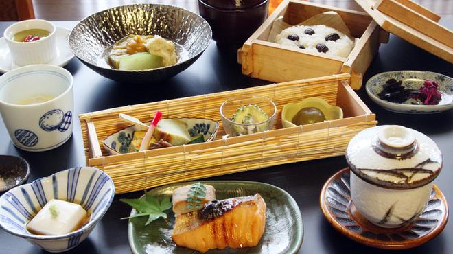 くろすけ - 料理写真:夏季 昼の「小梅」コースイメージ