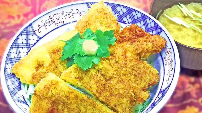 カド - 料理写真:ソースカツ丼