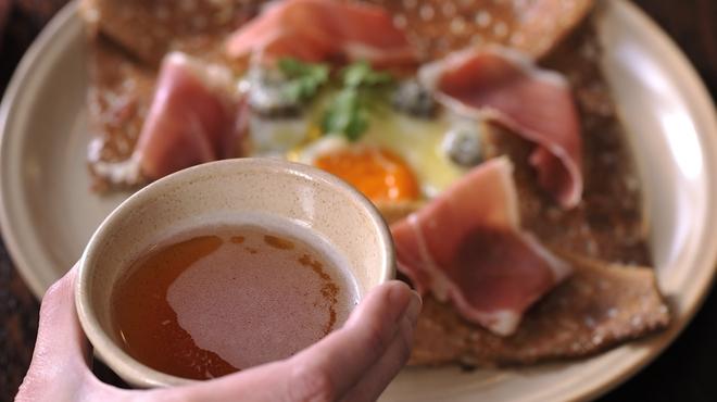 ブレッツ カフェ クレープリー - ドリンク写真:ガレットにはシードルが最適