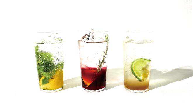 24/7 café apartment - ドリンク写真:フレッシュなレモン、ライム、生姜等を使用したドリンクをご用意しました。