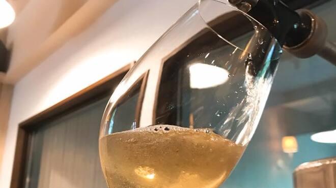 フジマル食堂 - ドリンク写真:自社醸造生樽ワイン(醸造所直送!フレッシュな味わい)