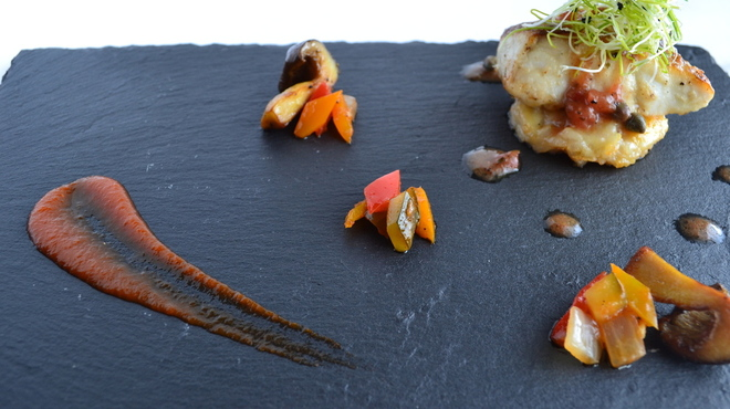 貴匠桜 - 料理写真:天然スズキのムニエル さっぱり梅肉の焦がしバタ