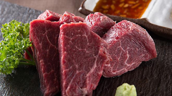 牛國 - 料理写真:新しいメニュー★ヒレ★です(2300円)【塩・特製玉ねぎソースでご堪能下さい】