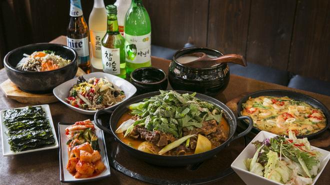 韓国料理ジャンチ村 - 料理写真: