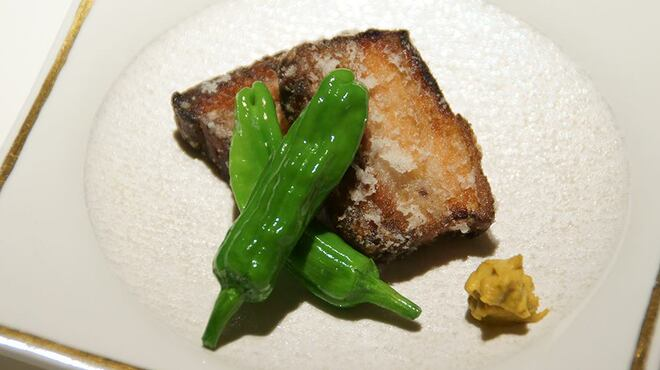 メゾン・ド・ユーロン - 料理写真:国産ハーブ豚の柔らか衣揚げ