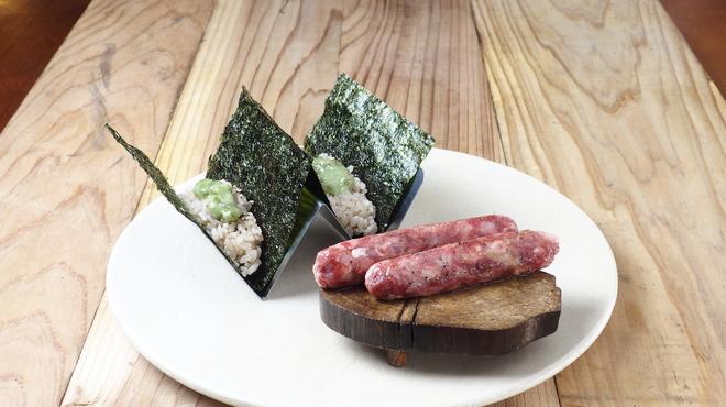 焼肉寿司 - 料理写真:和牛の味わいとわさびが絶妙。