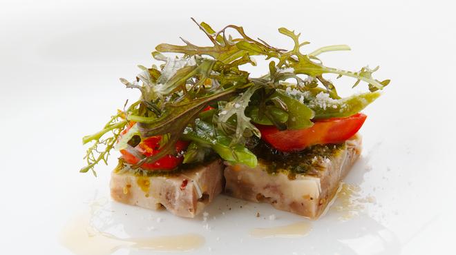 バカリ ダ ポルタ ポルテーゼ - 料理写真:ソプレッサータとインゲン豆のサラダ