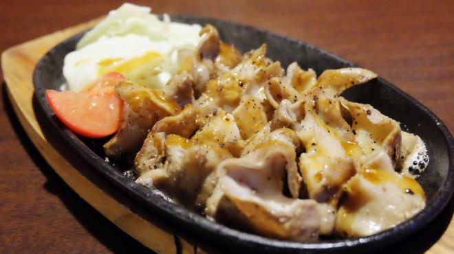 肉バルキッチン HANALE - メイン写真: