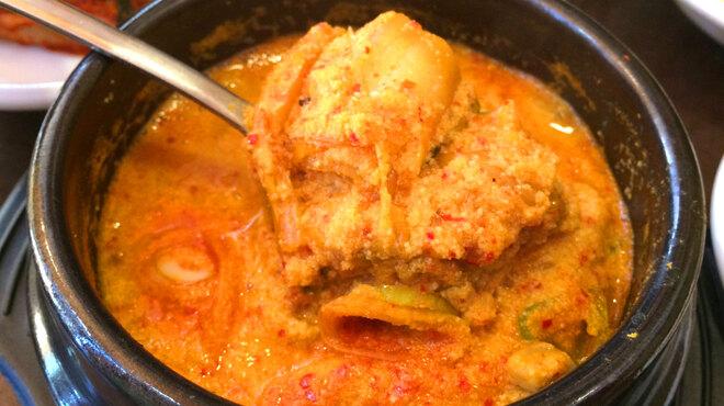 辰家 - 料理写真:コンビジチゲ」(挽いた大豆のチゲ)