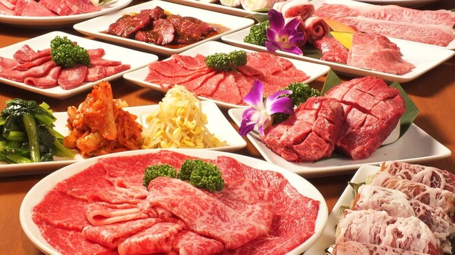 和牛・焼肉・食べ放題 肉屋の台所 - メイン写真: