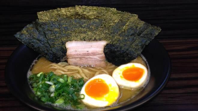 三代目無邪気 - 料理写真:海苔半熟味玉ラーメン