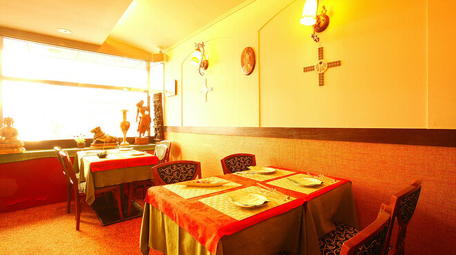 ケララ - 内観写真:本場の南インドの味をご堪能ください。