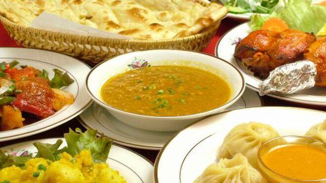 ヤク&イエティ - 料理写真:ナン食放&飲放で宴会。もっちもちのナンと本場ネパールカレーの組み合わせのコースはリピーター続出です☆