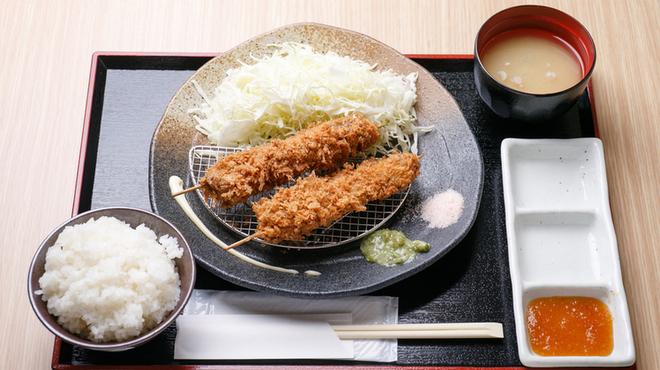 牛かつ 牛ちゃん - 料理写真:牛串かつ定食\790