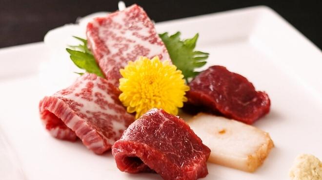馬肉料理 仲巳屋 - メイン写真: