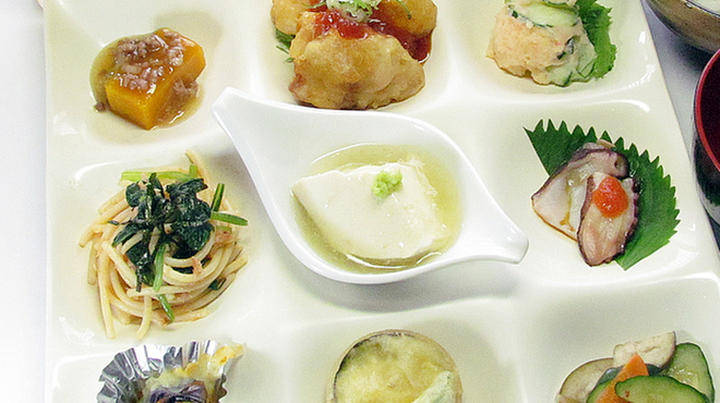 宇治創 こころ - 料理写真:有機栽培野菜や地元の野菜をふんだんに使っています。