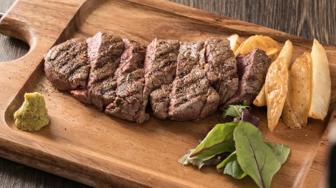 イタリアンバルTreotto - 料理写真:熟成ビーフステーキ