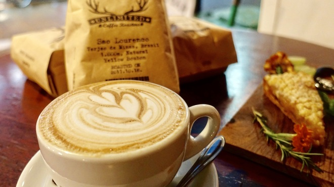 RAGE COFFEE BAR - メイン写真: