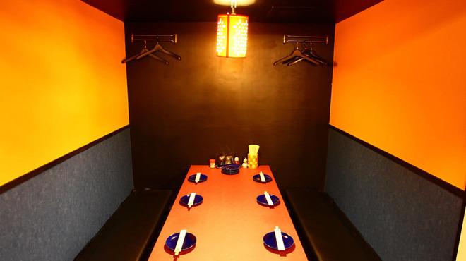 中国美食 佳陽 - 内観写真: