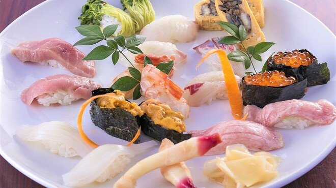 寿司割烹 西村 - メイン写真: