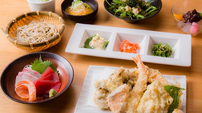 蕎麦・天ぷら 権八 - 料理写真: