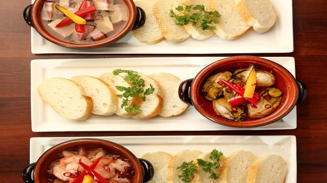 個室和食×肉バル KURA  蔵 - メイン写真: