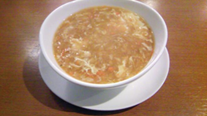 星期菜 - 料理写真:【 上海カニミソ入りフカヒレスープ 】濃厚で優しい旨味が豊かに広がります。
