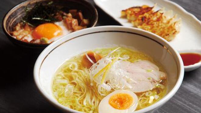 らぁ麺 紬 - メイン写真: