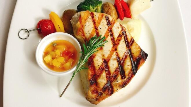 tcc Steak & Seafood - 料理写真:カジキのグリル