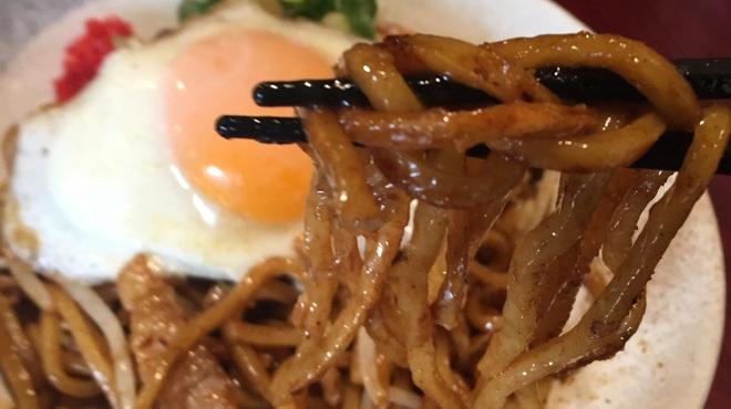 焼きそば専門店 りょう - 料理写真:モッチリ太麺❗️                    インパクト大^ ^