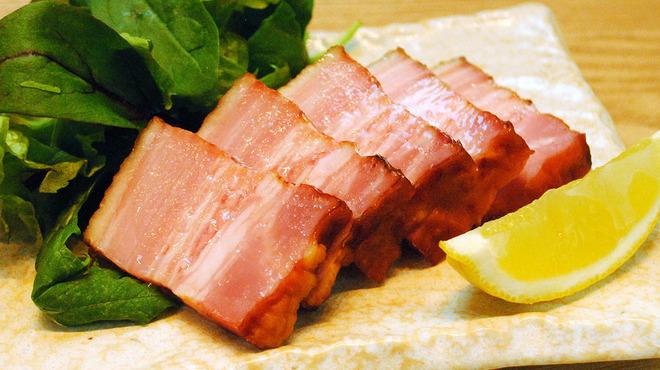 大衆肉割烹 加藤の肉丸 - メイン写真: