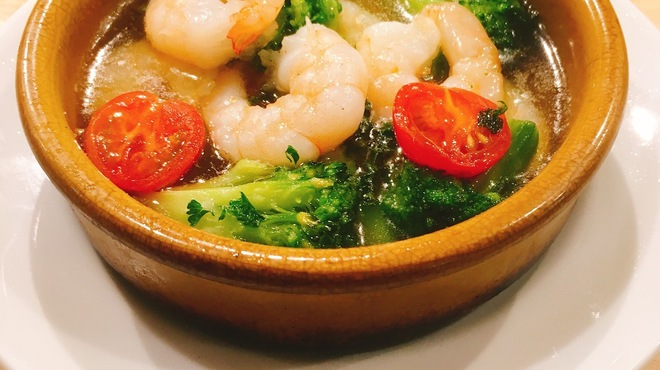 イタリアン&バール アルバータ - 料理写真:アヒージョ~小海老とブロッコリー~