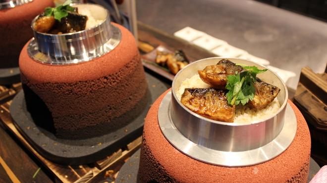 SABAR+ - 料理写真:当店名物! かまど炊きごはんdeサバのひつまぶし