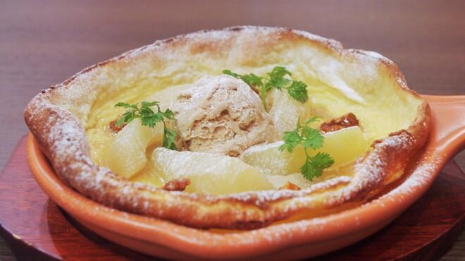 ウイラニ - 料理写真:ラ・フランスと紅茶アイスのダッチベイビー
