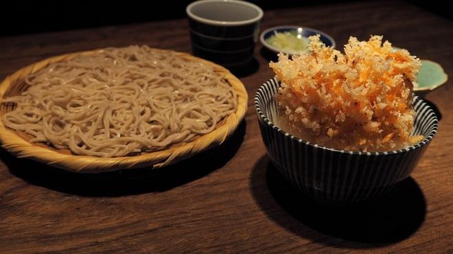 紗羅餐 - 料理写真:桜海老のかき揚げ丼と二八蕎麦