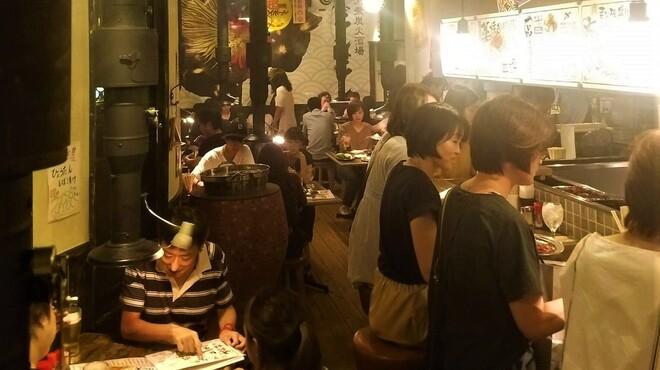 大衆炭火酒場どしどし - メイン写真: