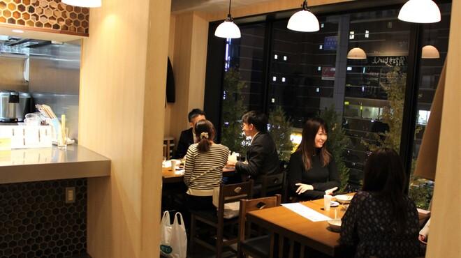 恵比寿 角打ち じんべえ - メイン写真: