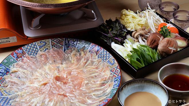 其の弐 - 料理写真:「伊達鶏」など国産地鶏の旨みを存分に味わえる料理がズラリ