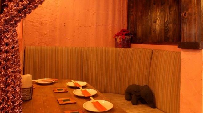 渋谷 ガパオ食堂 - メイン写真: