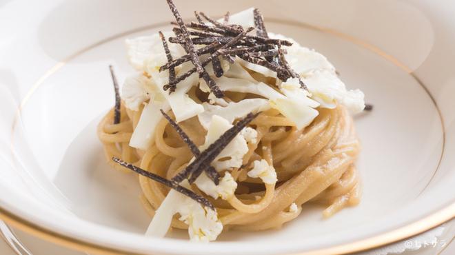 リストランテ ラ・バリック トウキョウ - 料理写真:素材の濃厚な旨みが迫りくる『カリフラワーのスパゲッティ』