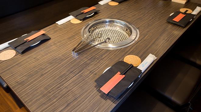 サトブリDA - メイン写真:内観 テーブル2