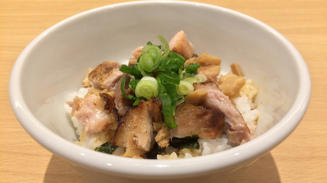 うまい麺には福来たる - 料理写真:Bセット チャーシューメンマ丼